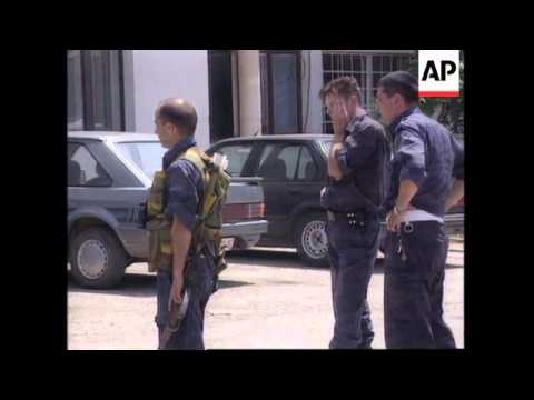 KOSOVO: SERBS PROTECT TOWN OF KLINA FROM ETHNIC ALBANIAN ATTACK