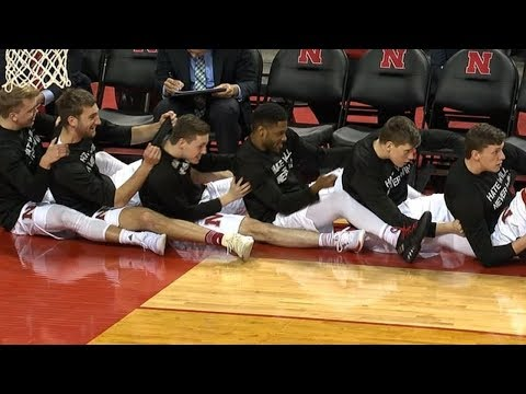 Best highlights from the Nebraska basketball team's bench | College Basketball Highlights