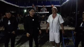 Boasa ma ito,Pak laban dengan trio century