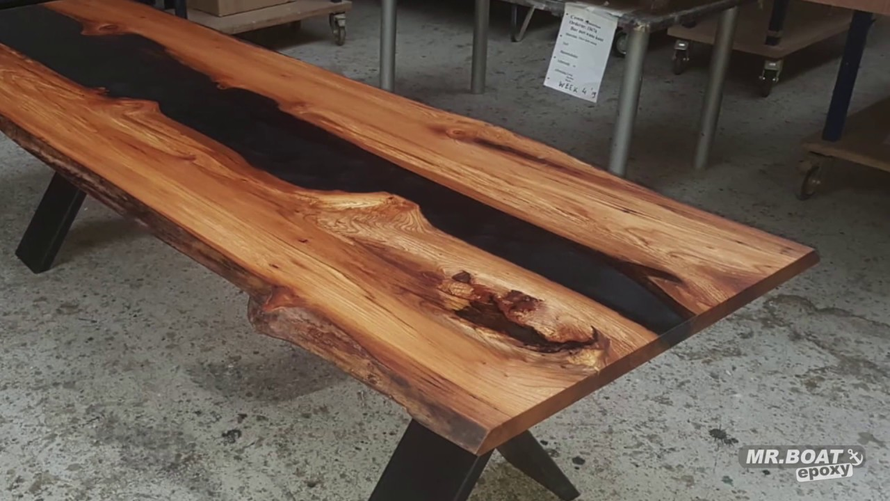 Making a black river table
