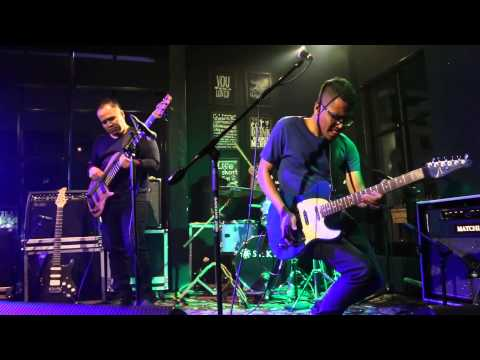 Andre Dinuth Group - Something To Remember Live at Sudden Jazz Foodism Kemang