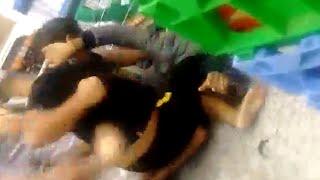 Gordinho espanca a cara de magrinho no Aniversário dos supermercados Guanabara