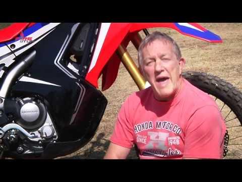 Honda CRF 250 Rally Test Ride 2WheelsTV Bill Hunter streaming vf