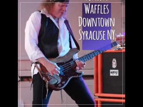 Rumourz - Tribute to Fleetwood Mac at Funk n Waffles