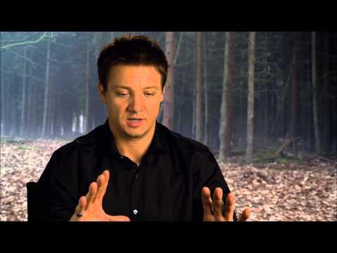Jeremy Renner Talks 'Hansel & Gretel: Witch Hunters'