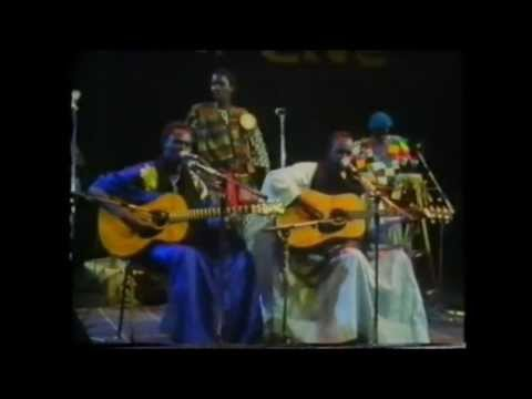 Baaba Maal & Mansour Seck : Yela (Live @ Hackney Empire, 5th November 1988)