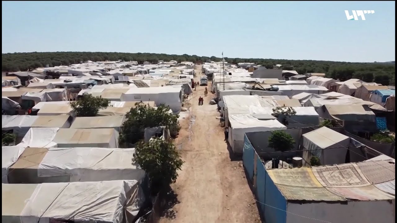 انتشار الأمراض الجلدية في مخيم الوادي بمدينة سلقين بسبب سوء شبكة الصرف الصحي