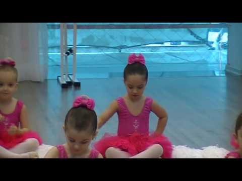 Ballet Bahiano de Tênis Aula Pública Baby Class