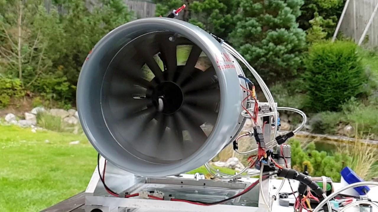 RC Turbofan TF200-1 prototype on idle