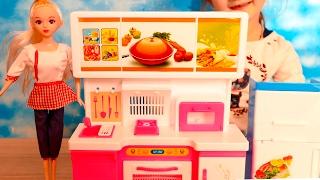Игрушечная кухня с приборами | Распаковка детской кухни | Игрушки | Toy Dream kitchen for dolls(Игрушечная кухня с приборами. Распаковка детской кухни. Игрушки. Toy kitchen for dolls. Распаковали замечательную..., 2017-02-03T09:23:04.000Z)