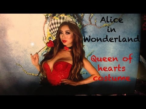 MODEL TIPS: Alice in Wonderland Queen of Hearts Costume