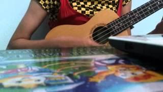 Chiếc khăn gió ấm phiên bản ukulele.
