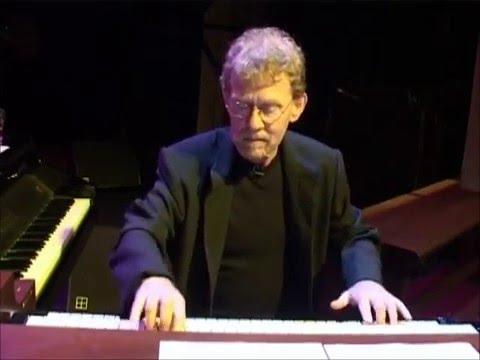 Rick van der Linden - Happiness (2003) - YouTube