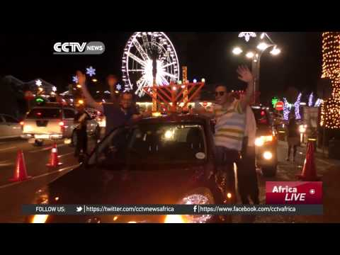 Jewish South Africans spread the light during annual festival