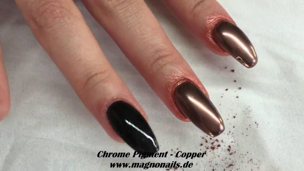 Nail Design Mit Metallic Pigment Copper