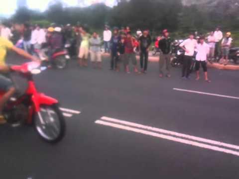 Dua Xe Vung Tau 7h 2/9 2011 01
