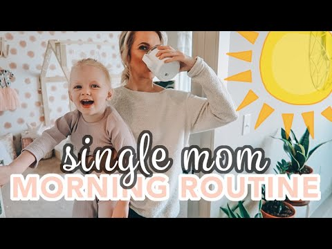 10 vs 1: Daughter Finds A Date For Her Mom | Versus 1 from YouTube · Duration:  7 minutes 49 seconds