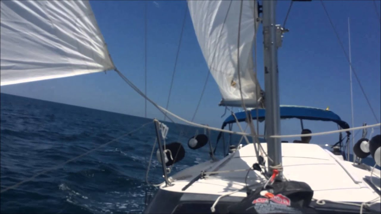 The Sailing Rode 13 North From Ponce Inlet Past Daytona Beach