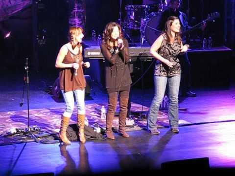 Amy Grant, Kim Keyes & Jenny Gill -