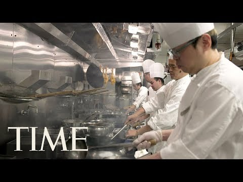 Inside Lung King Heen: The First Chinese Restaurant To Receive Three Michelin Stars | TIME