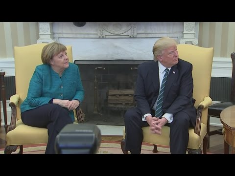 Thumbnail: Awkward! Trump refuses to shake Merkel's hand in Oval Office