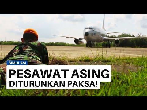 TNI AU TURUNKAN PAKSA PESAWAT ASING