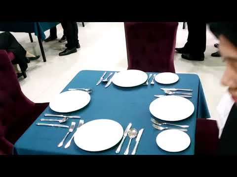 Table Setting (table D'hote)
