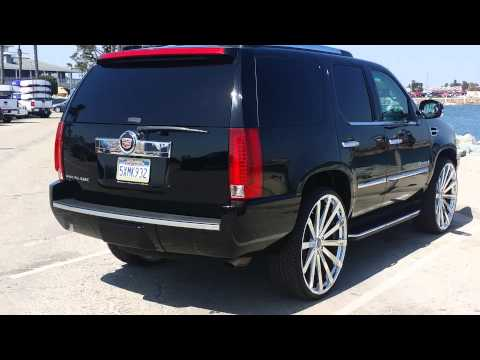 cadillac escalade on 28s