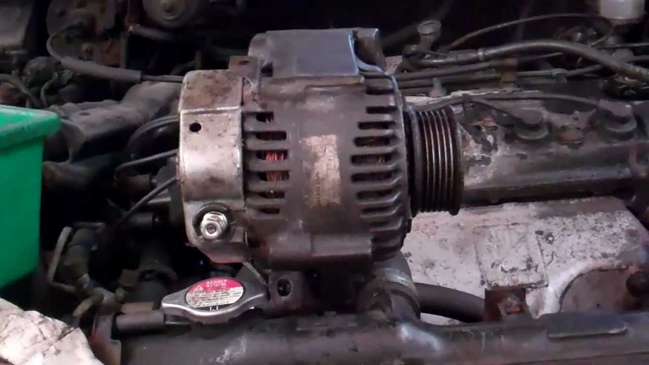 Adjusting Alternator Belt Tension Bolt Pivot Bracket Design On All Engines Except Vtec The Adjuster Arm Must Be Locked In Youtube