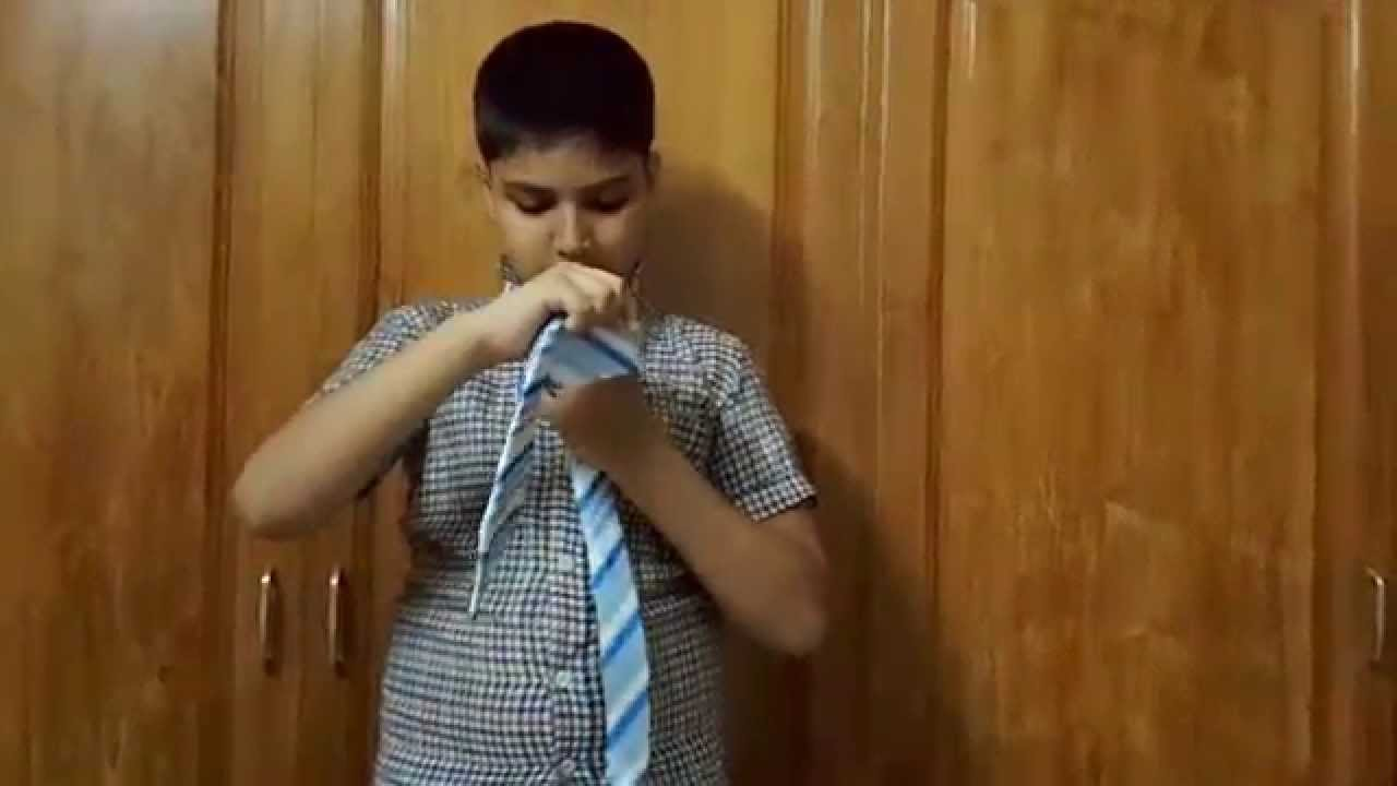 How to tie a tie quick easy instructions from a 10 years old how to tie a tie quick easy instructions from a 10 years old kid samaa rashid ccuart Image collections
