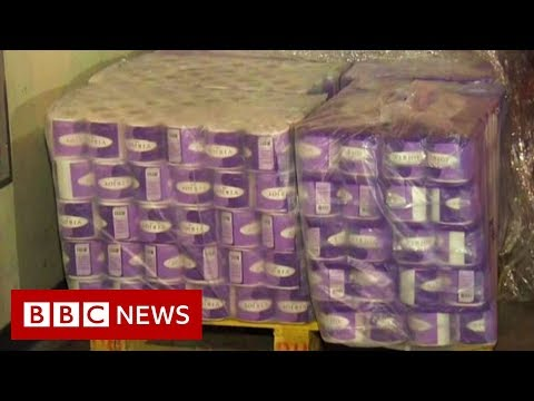 Coronavirus: Hong Kong gang steals hundreds of toilet rolls - BBC News