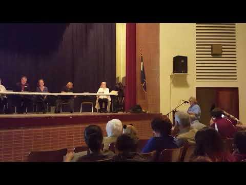 Lockhart Mayor Aileen Ashe addresses future of Lockhart School