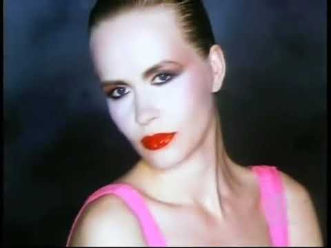 Robert Palmer - Simply Irresistible (1988)