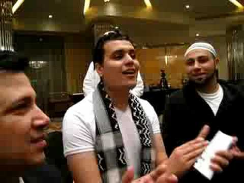 Ahmed Hamdy singing in the Hotel Lobby - Al Mahabba Awards 2008