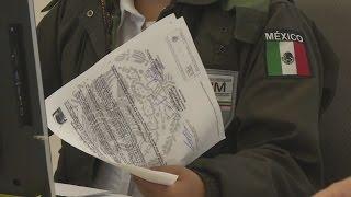 Gringo homicida de dos jovencitas se escondía en Durango, INM lo entrega al FBI