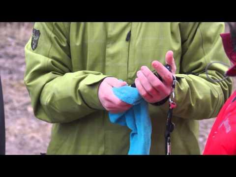 Водяной тест-драйв телефона TeXet X-driver / TM-4104R после пинания ногами