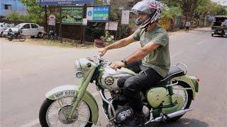 Mahendra Singh Dhoni rides green bullet on Ranchi streets