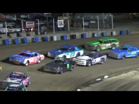Street Stock Feature at Crystal Motor Speedway, Michigan on 08-26-2017!!!