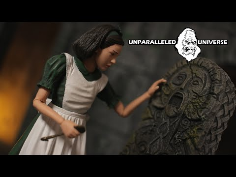 NECA Pans Labyrinth Ofelia Action Figure Review
