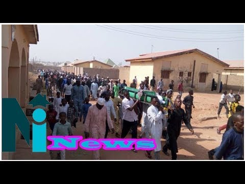 PressTV-Zakzaky supporter funeral held in Nigeria: Photos