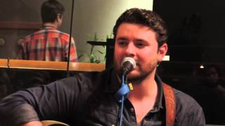 "Chris Young singing ""Drinking Me Lonely"" 6/4/2013"
