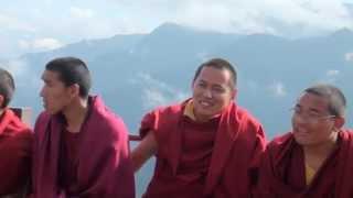 Тибет. Монахи буддисты. Монастырь Kagyu Thekchen Ling.(Сайт компании Росперсонал - http://rospersonal.ru Форум - http://rabotatam.ru Тwitter - https://twitter.com/Rospersonal Вконтакте - http://vk.com/rospersonal..., 2012-05-24T11:59:12.000Z)