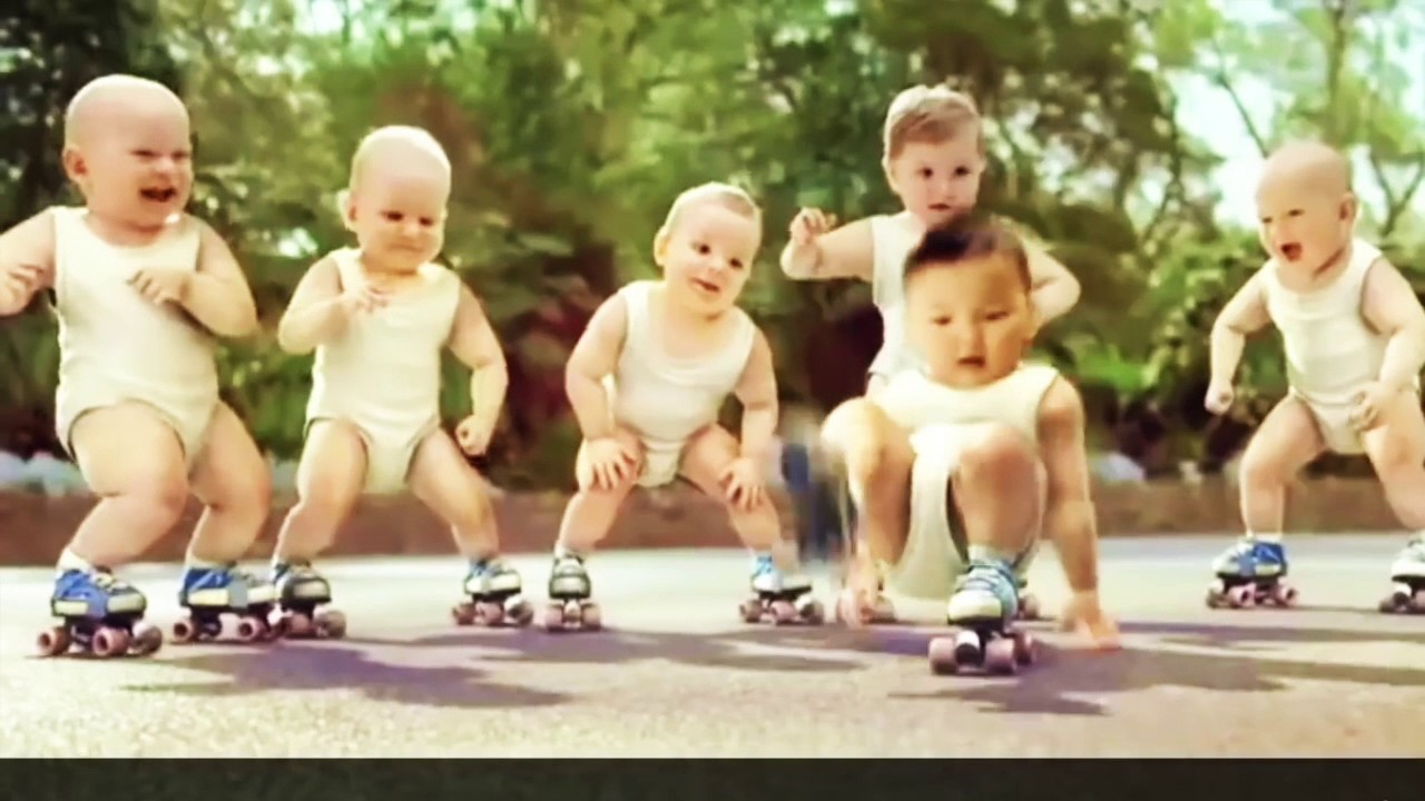 Baby dance in roller pub EVIAN and GANGNAMSTYLE