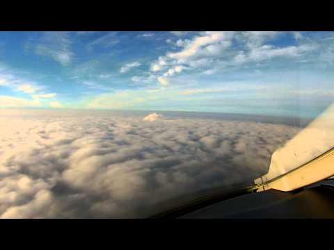 CL30 Blue Jet - UKKK / IEV Kyiv Zhuliany - Landing at minimums!