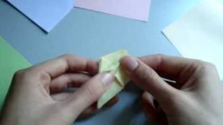 how to make origami: KUSUDAMA | видеоурок оригами: КУСУДАМА(Кусудама (яп. 薬玉?, букв. «лекарственный шар») — бумажная модель, которая обычно (но не всегда) формируется..., 2009-09-24T13:51:24.000Z)