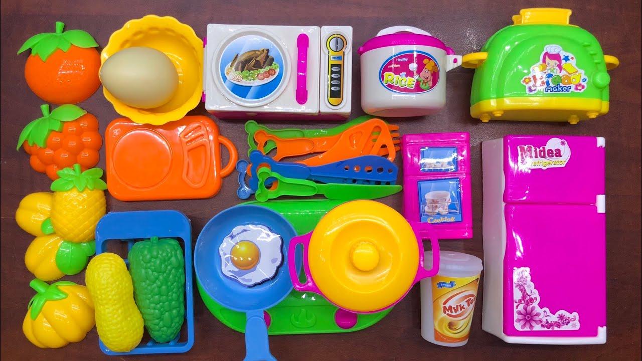 Đồ chơi nấu ăn bé gái 25 món có tủ lạnh, bếp, lò nướng, nồi chảo, rau củ, thìa dĩa… cooking toys