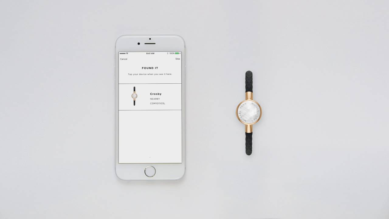 Michael Kors Access Tracker | Set Up and Functionality
