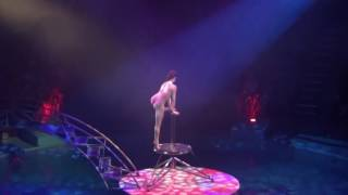 Handstand-contortion Melany Lester Hippodrome circus 2016