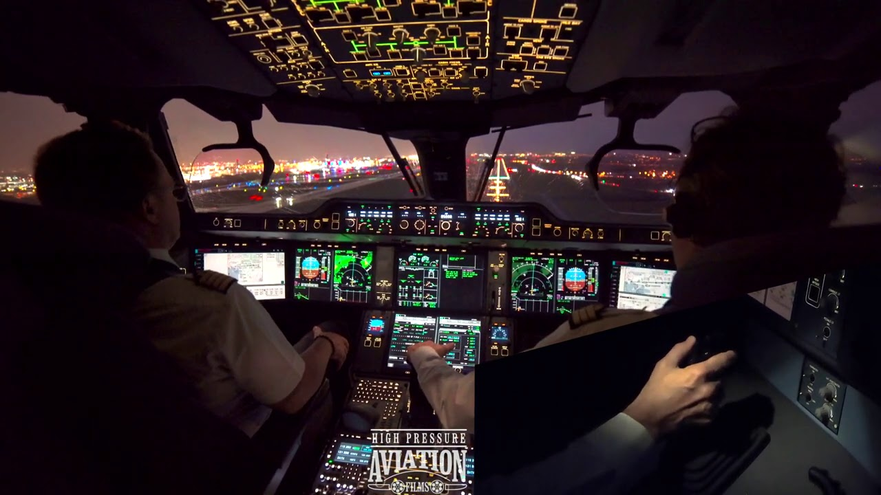 A350 IN PARIS |  LANDING 4K #A350 #Airbus