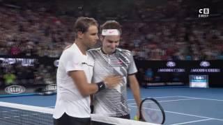 C8   Open d'Australie Roger Federer remporte la finale face à Nadal